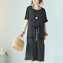 Load image into Gallery viewer, fashion black Plaid cotton blended maxi dress trendy plus size o neck short sleeve traveling clothing 2018 patchwork maxi dresses