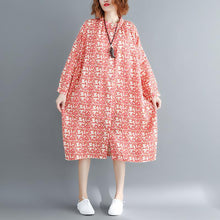 Load image into Gallery viewer, fashion red floral cotton dresses Loose fitting Stand baggy dresses boutique long sleeve cotton dresses