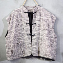 Load image into Gallery viewer, 2020 Autumn Winter New Retro Plate Buckle Stand All-match Fashion Tops Vests