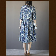 Laden Sie das Bild in den Galerie-Viewer, oversize cotton summer maxi dress Half sleeve blue print