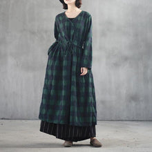 Load image into Gallery viewer, stylish black green plaid long linen dresses casual v neck fall dresses vintage front open linen caftans