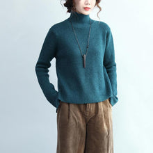 Load image into Gallery viewer, stylish blue knit sweaters Loose fitting high neck knitted blouses New side open top