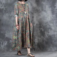 Load image into Gallery viewer, stylish floral  linen maxi dress plus size patchwork linen gown top quality pleated gown