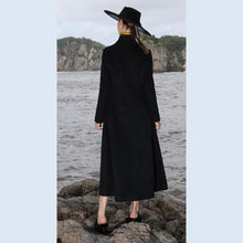 Load image into Gallery viewer, top quality black wool coat plus size Winter coat V neck mbroidery tassel coat