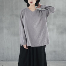 Load image into Gallery viewer, top quality gray  natural linen t shirt casual traveling blouse Fine side open v neck cotton clothing
