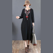 Load image into Gallery viewer, vintage black Midi linen dresses oversized holiday dresses v neck Fine embroidery linen dress