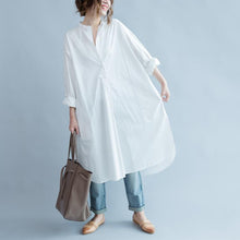 Load image into Gallery viewer, vintage white long cotton shirt dresses trendy plus size Stand asymmetric Fine long sleeve side open cotton shirt dresses