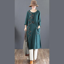 Load image into Gallery viewer, women green prints long cotton dresses Loose fitting o neck fall dresses Elegant big pockets kaftans