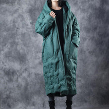 Load image into Gallery viewer, women green winter parka trendy plus size warm winter down coats hooded quilted coat women zippered pockets winter cotton outwear