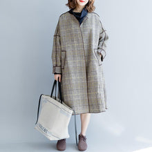 Load image into Gallery viewer, women plaid  Wool Coat plus size clothing patchwork trench coat 2018 o neck wool jackets