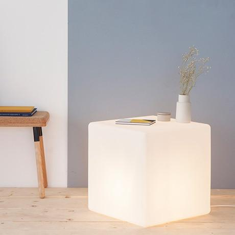 glowing table, lit seat, cube light, light cube, white cube, lit table, lamp, contemporary design, side table, bedside table, lighting, made in UK
