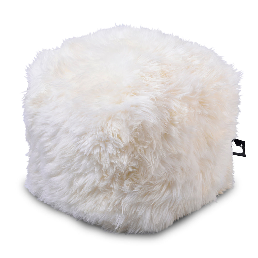 Extreme  Lounging Fur B-box Pouf