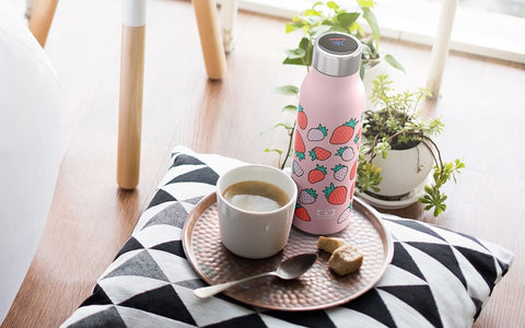 Monbento MB Genius Black Strawberry - The smart insulated bottle