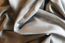 Load image into Gallery viewer, 100% Mulberry Silk Pillowcase - Silver