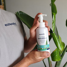 Load image into Gallery viewer, eco foam hand sanitiser - Ecoworks Marine Ltd.