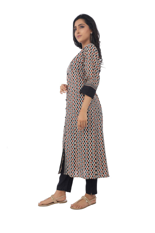 Maroon Diamond Printed Kurta