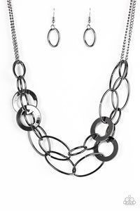Metallic Maverick – Black Gunmetal Hoop and Ring Chain Necklace
