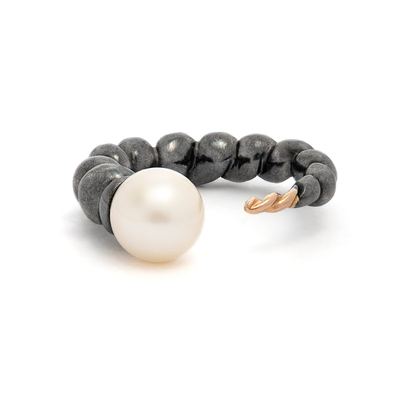 Cornetto Ring White Pearl