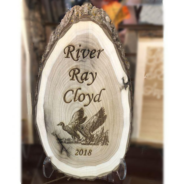 Personalized Wooden Oval Sign with Bark - Enchanted Memories, Custom Engraving & Unique Gifts