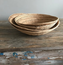 Load image into Gallery viewer, Yanomami Gathering Baskets