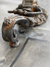 Load image into Gallery viewer, Vintage Cast Iron Lion Door Knocker