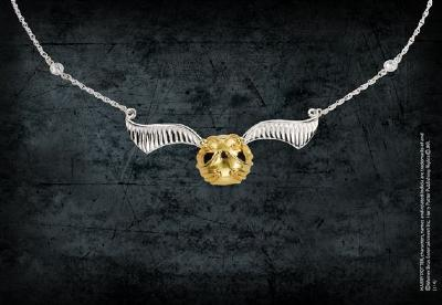 Quidditch-Golden-snitch-necklace-small