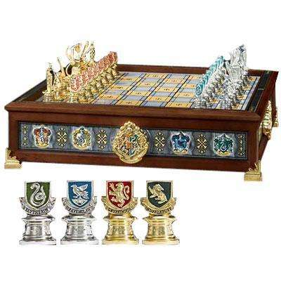 Quidditch-chess-set-small