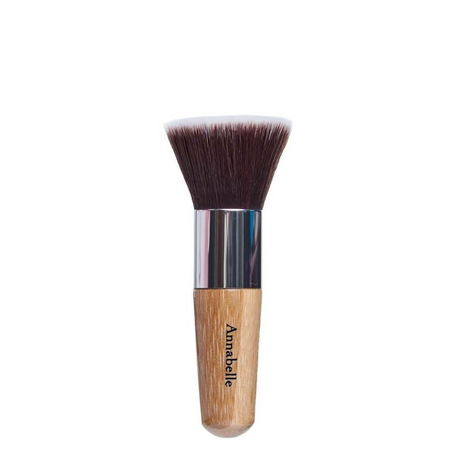 Annabelle Minerals brush flat top