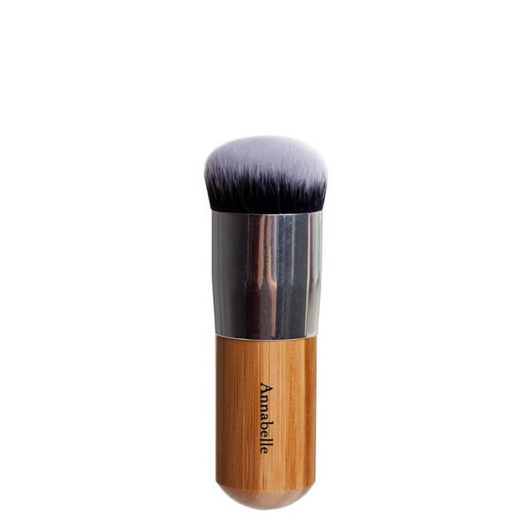 Annabelle Minerals flat top brush