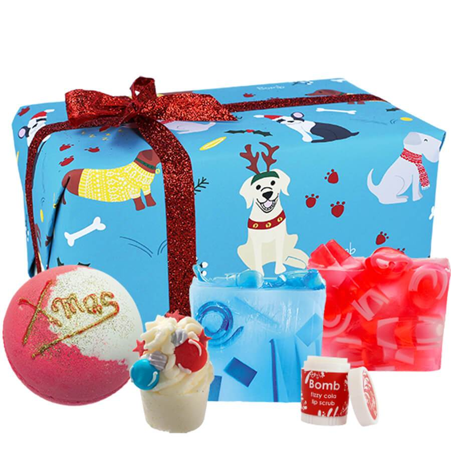 bomb cosmetics gift set pack santa paws