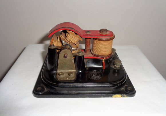 1940s SEL Three Pole Motor No.3 1262 4 Volts 1.5 amp