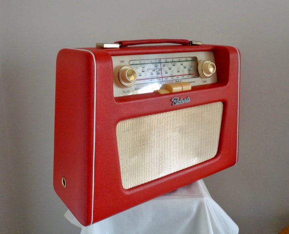 https://mullard-antiques-and-collectibles.myshopify.com/collections/vintage-antique-radios-and-equipment