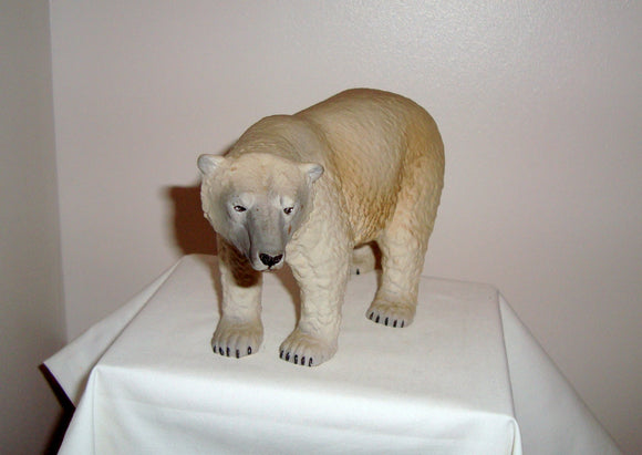 1976 World of Survival Series Wade England Polar Bear