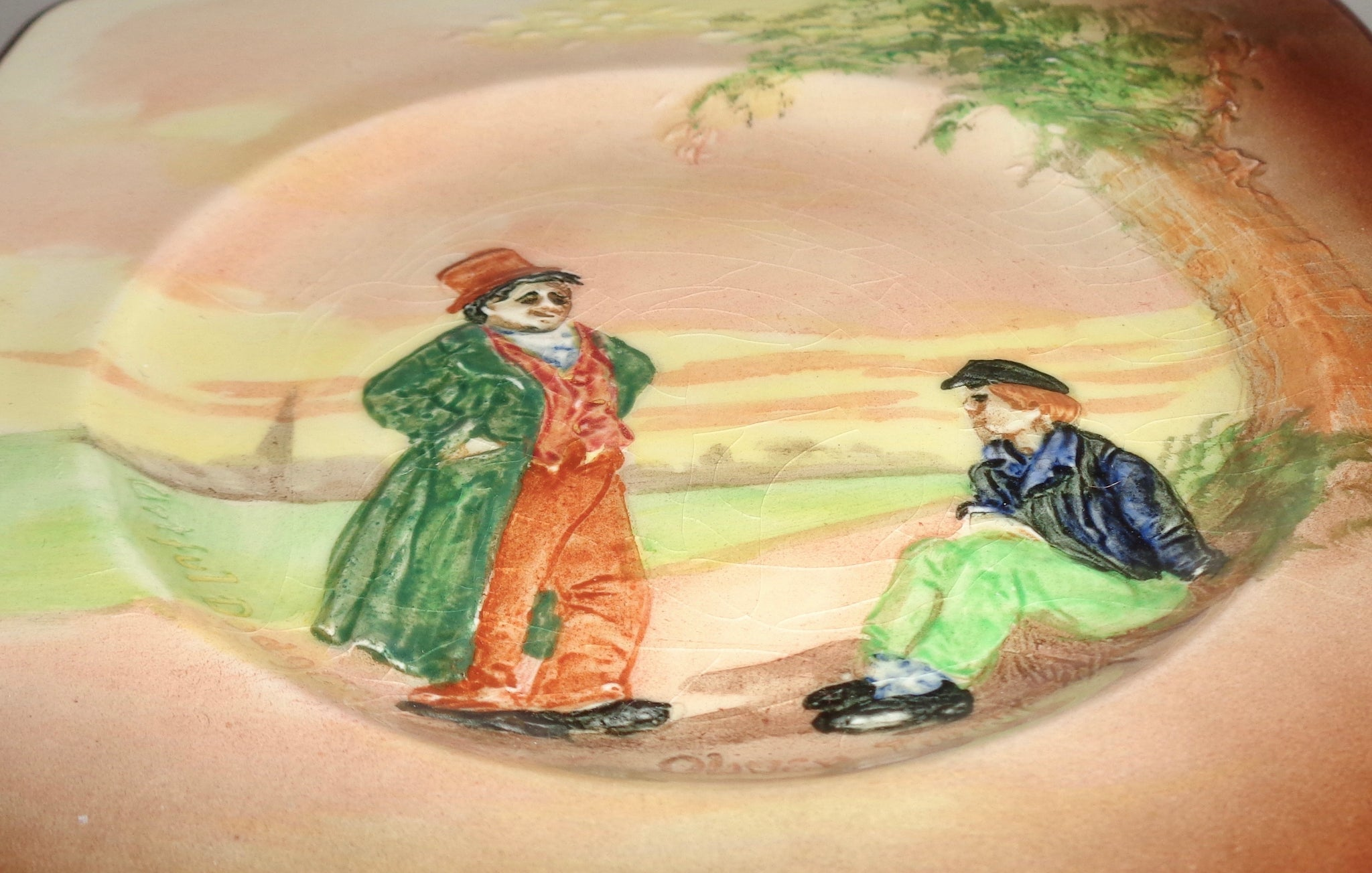 6 Plate With Relief Figures of Oliver Twist /& The Artful Dodger Oliver Twist Square Side Plate D5833 By Royal Doulton