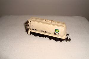Vintage Peco N-Gauge Cream BP Tank Wagon