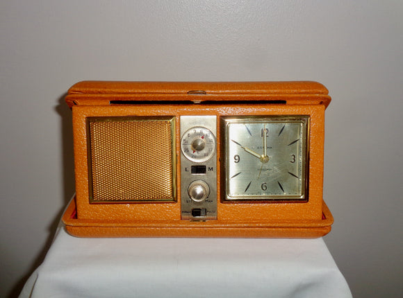 Vintage Estyma Travel Radio Alarm Clock In A Leather Case
