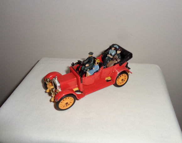 Corgi Classics Red Model 9021 38BP 1910 Daimler