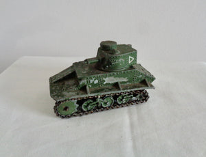 1930s Dinky Toys Vickers Armstrong Light Tank British Army Model No. 152a
