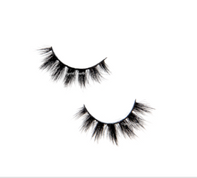 Load image into Gallery viewer, Sunshine : Luxe Medium Fill 100% Mink Lashes