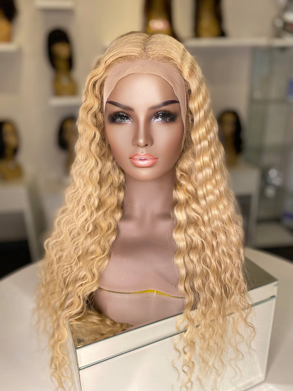 """Heather"" Glueless Front Lace Wig"