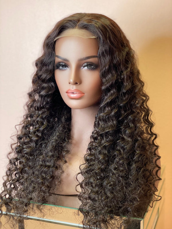 """Kendra"" Glueless Lace Closure Wig"