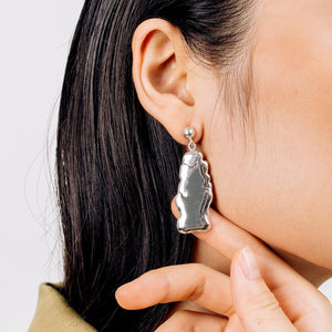 Load image into Gallery viewer, Bold Statement Earrings