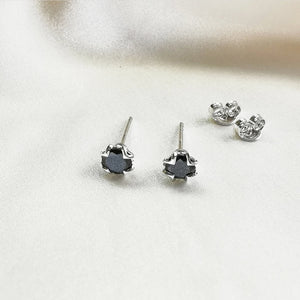 Load image into Gallery viewer, Black Spinel Round Stud Earrings