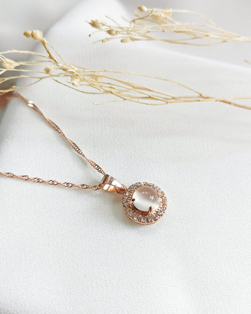 Piper Moonstone Round Halo Necklace - Rose Gold Plated