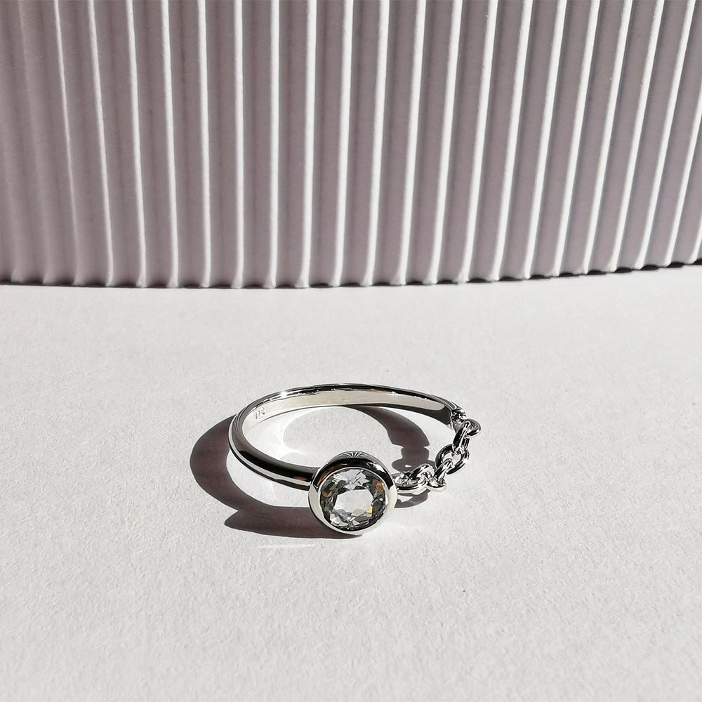 Knox White Topaz Chain Ring - Sterling Silver