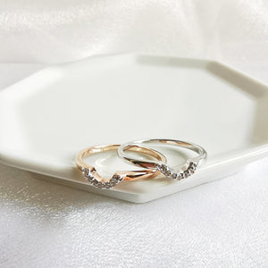 Load image into Gallery viewer, Raina Curve Topaz Petite Ring