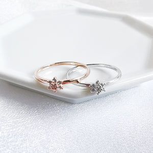 Load image into Gallery viewer, 14K Rose Gold or Rhodium White Topaz Flower Ring