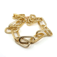 Load image into Gallery viewer, GIA GOLD CHAIN LINK NECKLACE