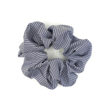 Load image into Gallery viewer, HOUNDSTOOTH SCRUNCHIE