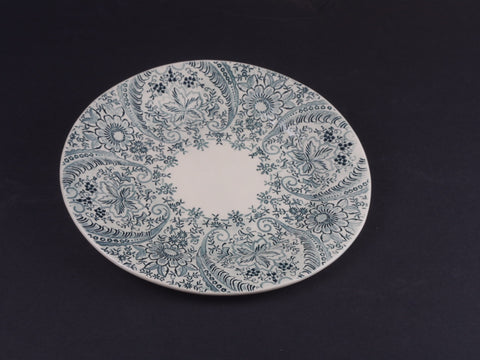 "9"" Round Lace Plate 17002"